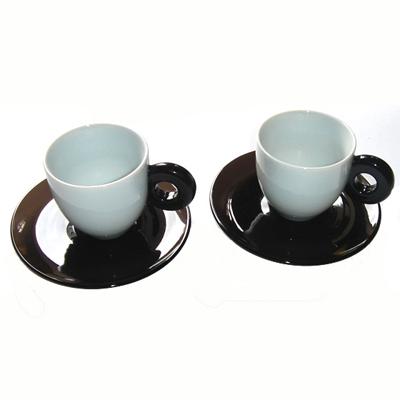 Les 2 Tasses à café Noir Chocolat et Blanc pour 10€