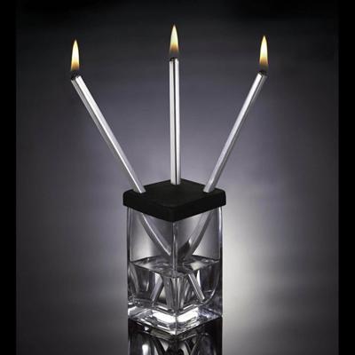 Coffret Lampe à Huile Acier Design pour 24€